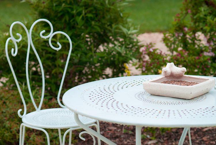 Kovový zahradní nábytek– stůl a židle