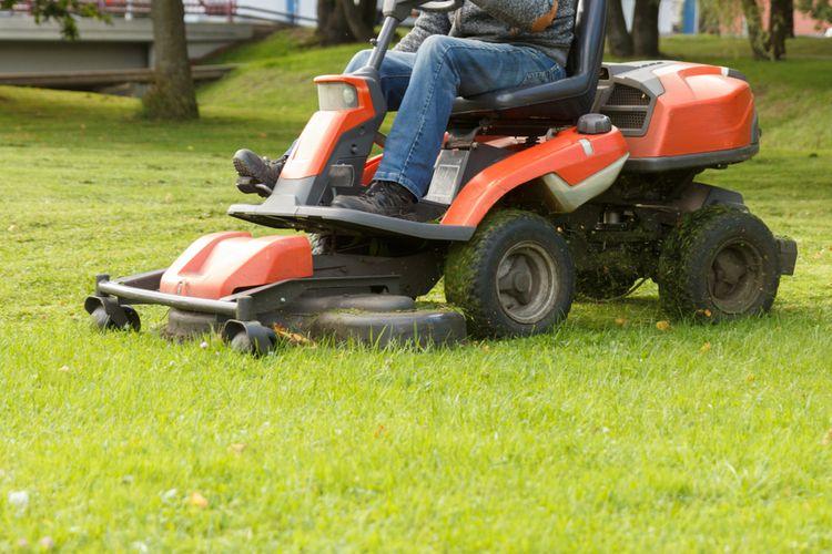 Jak vybrat zahradní traktor