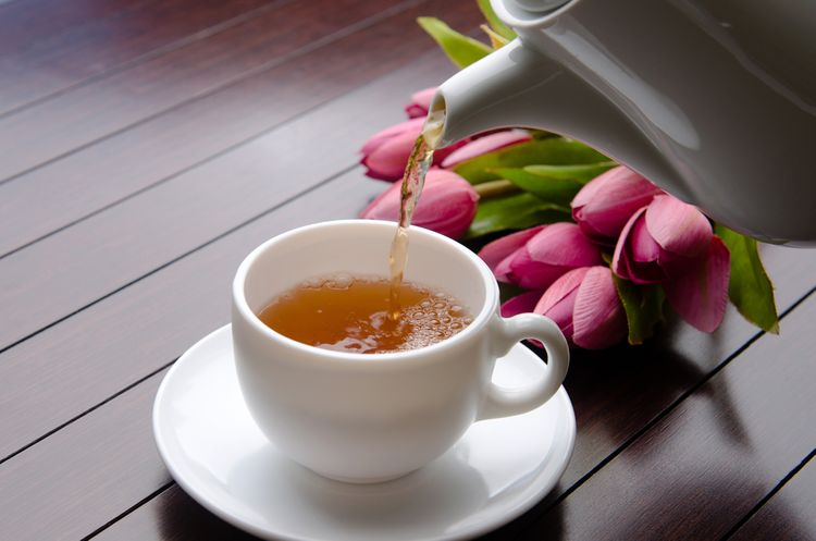 Čajník/čajová konvice