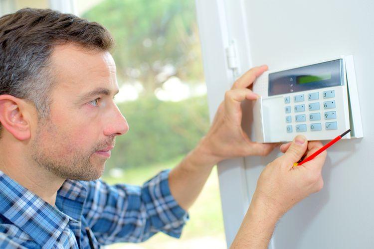 Instalace domovního alarmu