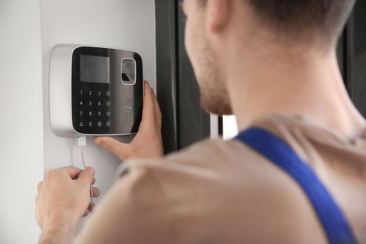Instalace bezdrátového domovního alarmu