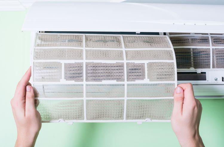 Čištění filtru nástěnné klimatizace