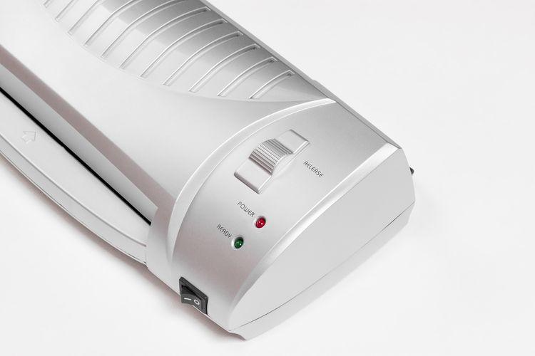 Ovládání domácího laminátoru