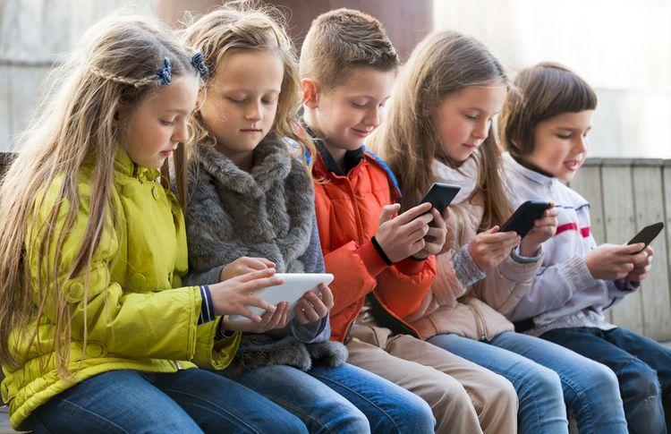 Jak vybrat mobilní telefon pro dítě