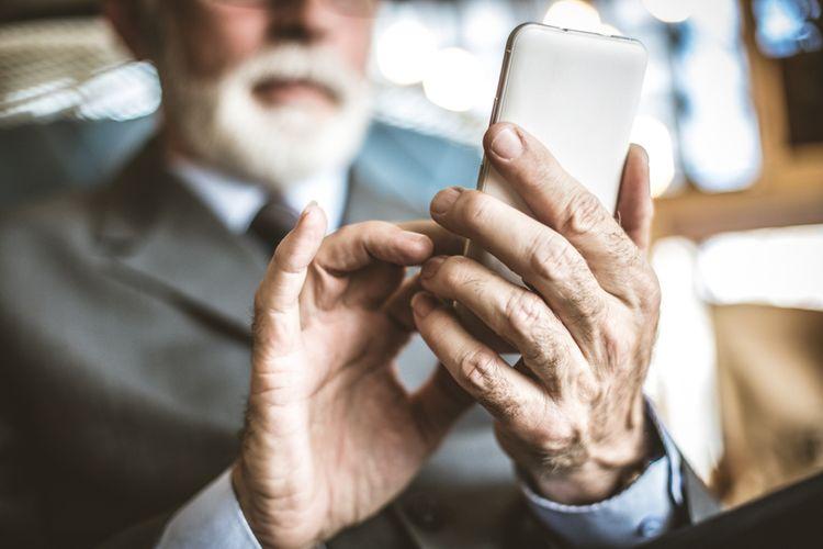 Jak vybrat mobilní telefon pro seniora?