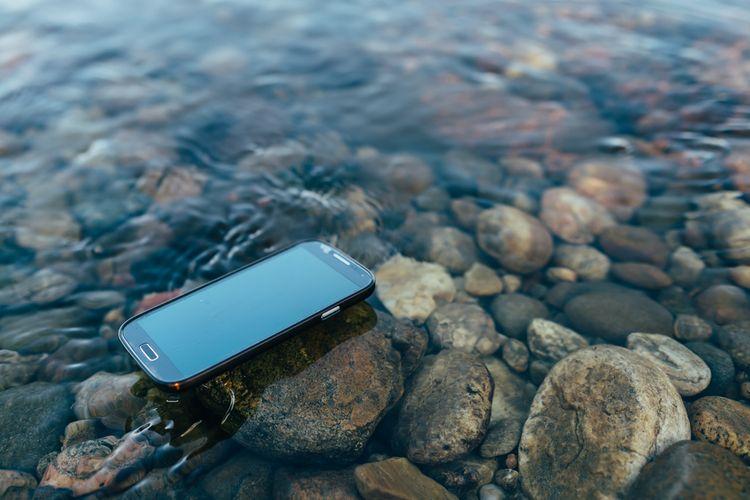 Voděodolný outdoorový telefon