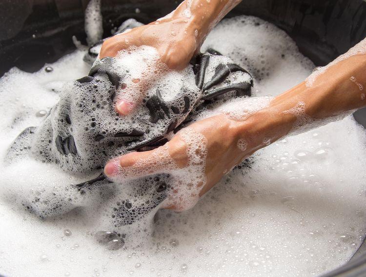 Ruční praní prádla