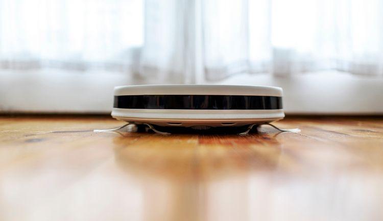 Robotický vysavač s mopem– senzory