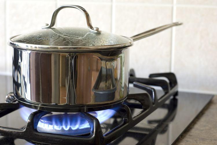 Vaření na plynové varné desce