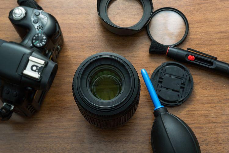 Čištění objektivu zrcadlového fotoaparátu