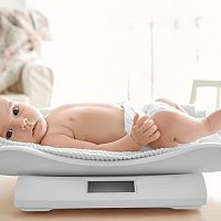 Nejlepší digitální dětské kojenecké váhy? Recenze chválí Beurer