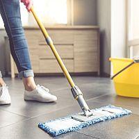 Jak vybrat nejlepší mop na dlažbu i plovoucí podlahu