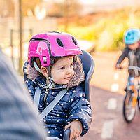 Nejlepší dětskou sedačku na kolo poradí recenze i test. Přední nebo zadní?