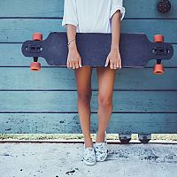 Jak vybrat longboard. Jaké kolečka, desku, délku a tvar?