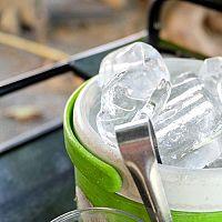 Nejlepší výrobník ledu do domácnosti, baru, kavárny? Klarstein a Guzzanti