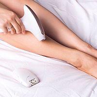 Jak používat IPL epilátor? Má nežádoucí účinky v těhotenství?