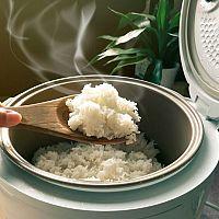 Jak si správně vybrat rýžovar? Poradíme vám
